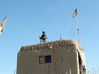1 muerto 2 heridos en batalla en Afghanistán