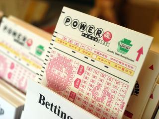 Powerball jackpot jumps to $700M