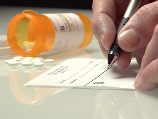 Growing risk of addictive painkillers