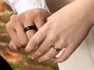 Americans OK with gay marriage, not with divorce
