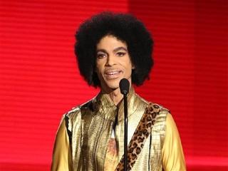 Investigators look at overdose in Prince death