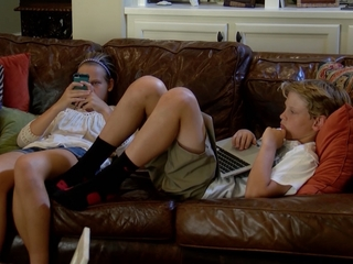 There are limits to limiting kids' screen time