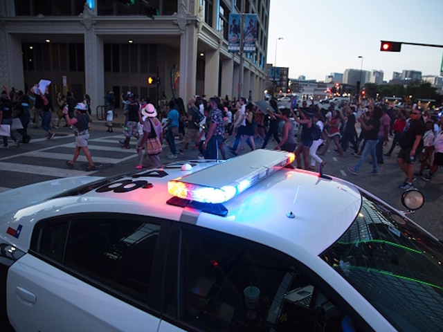 Dallas mayor: Police safety also a factor at protests