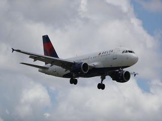 Delta flight from Tampa makes emergency landing
