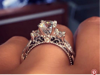 This is Pinterest's most popular engagement ring