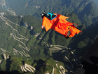 Report: Wingsuiter's death was live-streamed