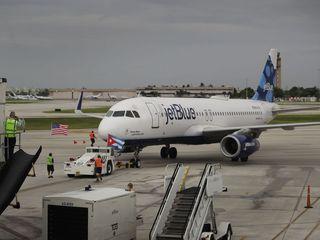 JetBlue lands historic US-Cuba flight
