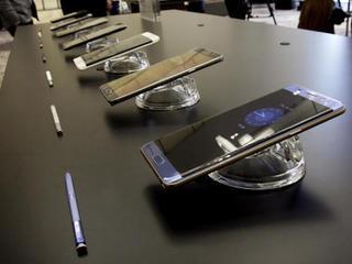 Officials recall 1M Samsung Note 7 phones