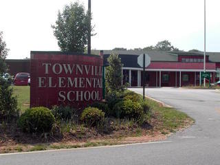 Shooting at SC elementary school injures 3