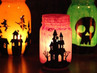 DIY mason jar luminaries to make for Halloween