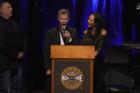 Randy Travis' performs heartfelt 'Amazing Grace'