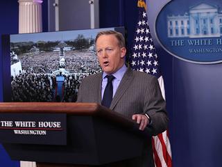 Trump press sec. chews out media
