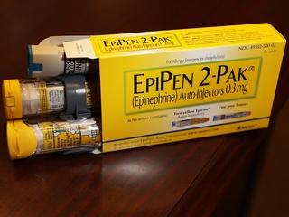 Worldwide Mylan EpiPen recall extends to US