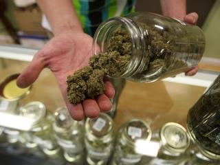 Vermont's governor vetoes legal marijuana bill