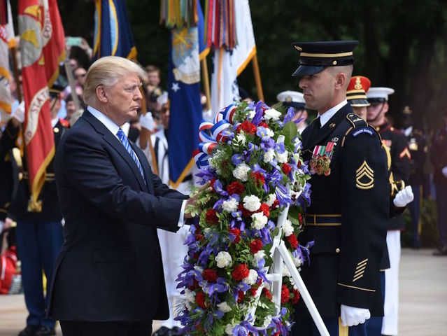 President Trump hails the fallen and their families at Arlington