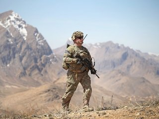 Trump considers privatizing Afghanistan war