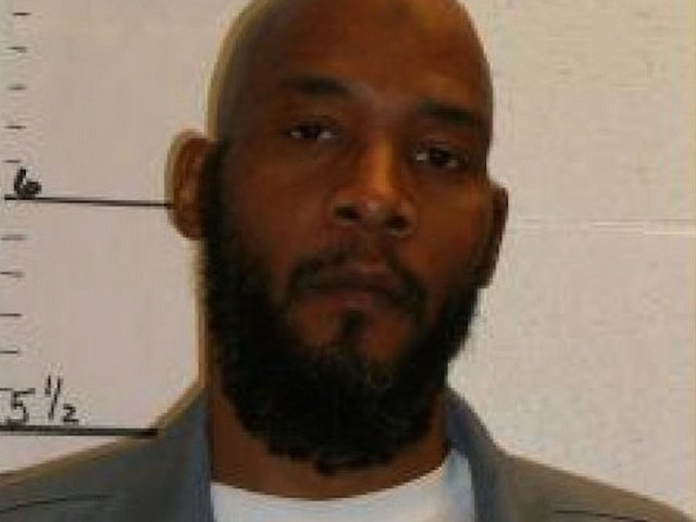 Missouri man escapes execution after lawyers say DNA clears him