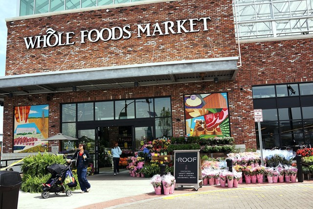 Amazon owned Whole Foods investigates card data breach