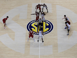 Experts discuss NCAA bracket etiquette
