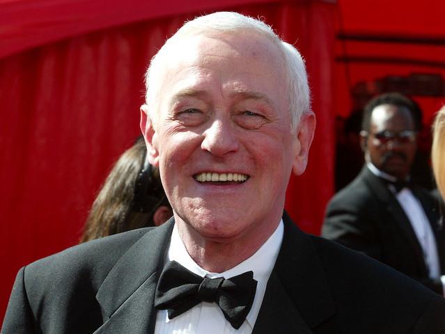 'Frasier' star John Mahoney dies at 77