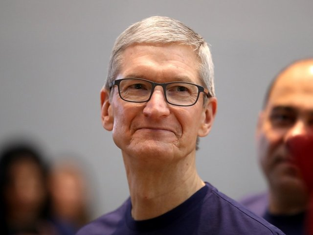 Tim Cook Talks Privacy Amid Facebook Data Mining Scandal