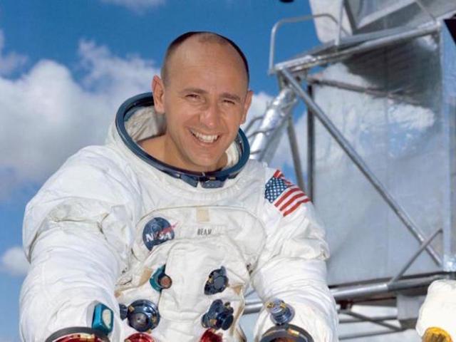 Alan Bean: Apollo astronaut, fourth man to walk on moon, dies - wptv.com