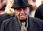 Joe Jackson is gravely ill, report says