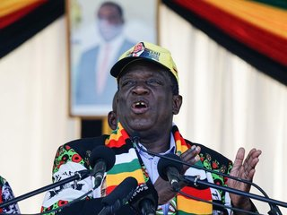 Zimbabwe gov't: Blast was assassination attempt
