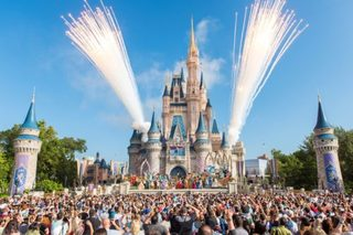 Disney parks eliminating plastic straws by 2019