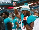 NFL players kneel or sit out National Anthem