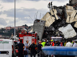 Bridge collapse: Search for bodies continues