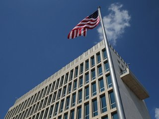 Microwaves suspected in attack on US diplomats