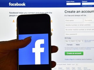 Facebook removes pages before America votes