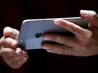 Cuba gives citizens full mobile internet access